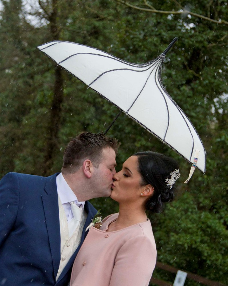 Wedding photography in the Abbeyleix Manor Hotel with Cyriline and Andrew